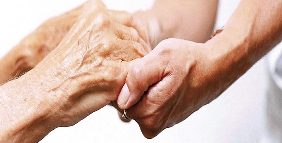 mani-anziani